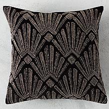 Cassandre Pillow 18