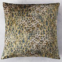 Aves Pillow 22