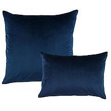 Caelynn Pillow 22