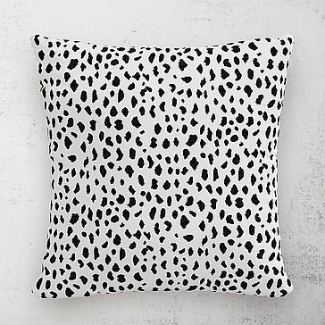 "Dottie Outdoor Pillow 18"""